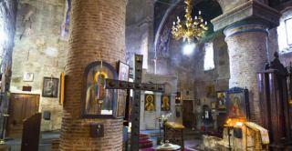 کلیسای آنچیسخاتی یکی از جاذبه های زیبای تاریخی گرجستان
