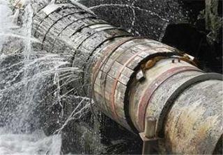 لزوم بازسازی لولههای فرسوده آب