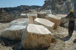 کاهش ساخت و ساز به صنعت سنگ هم ضربه زد