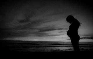 عده وفات شوهر برای زن باردار یا حامله چقدر است