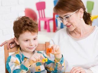 کاربرد بازی درمانی در درمان اختلال کمبود توجه و بیش فعالی