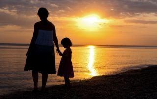 تاثیر رفتار مادر در دلبستگی کودک