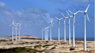 انرژی خورشیدی و بادی ساحلی، ارزانترین منابع تولید برق