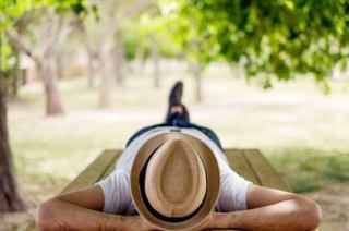 11 فایده شگفت انگیز چرت زدن برای سلامتی بدن