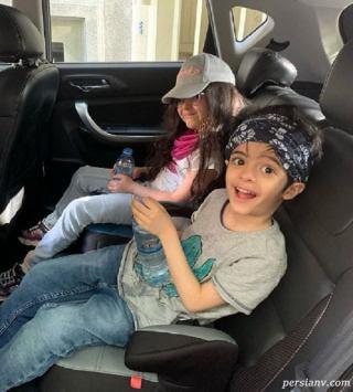 دوقلوهای مجید صالحی در ماشین لوکس پدرشان +عکس