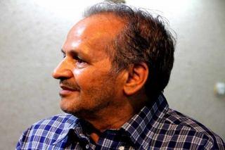 «نجیب مایل هروی» تابعیت ایرانی گرفت