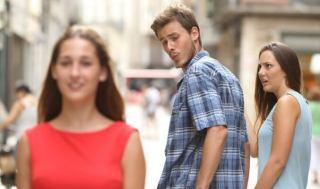 چرا شوهرم به زنان دیگر توجه می کند؟ چطور برخورد کنم؟