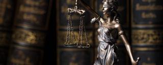 بهترین وکیل پایه یک در تهران و کرج